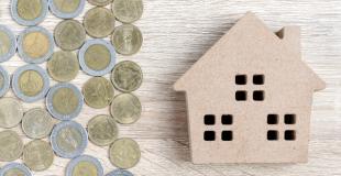 Peut-on garder son crédit immobilier après la vente de sa maison ?